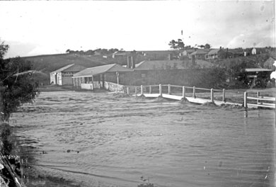 Burra's Whitehart flood