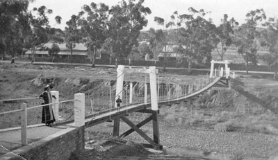 The swing bridge late 1920s