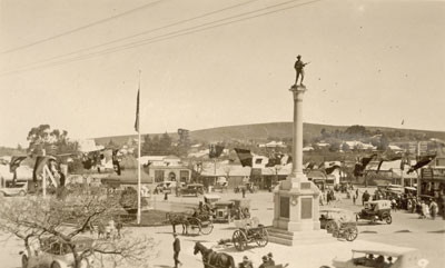Market Square, Burra, and the Soldiers' Memorial  in the 1920s
